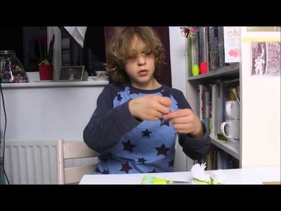 How to use a pompom maker - it's child play