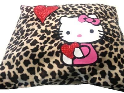 {DIY} Hello Kitty Pillow