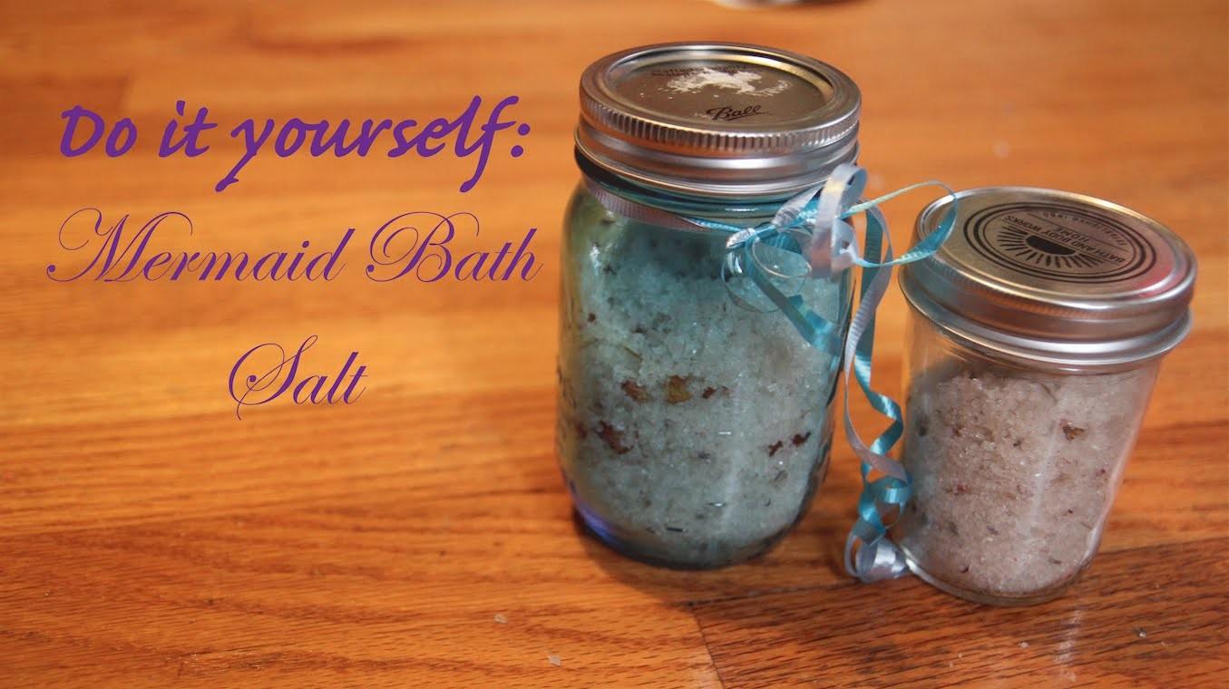 DIY: Mermaid Bath Salt. Easy homemade bath gift!