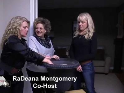 DIY Make a Holiday Urn.Christmas Decorating 2014.RaDeana and Liz Uncut.TV for Women.