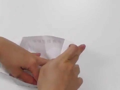 How to make a disposable paper garbage box