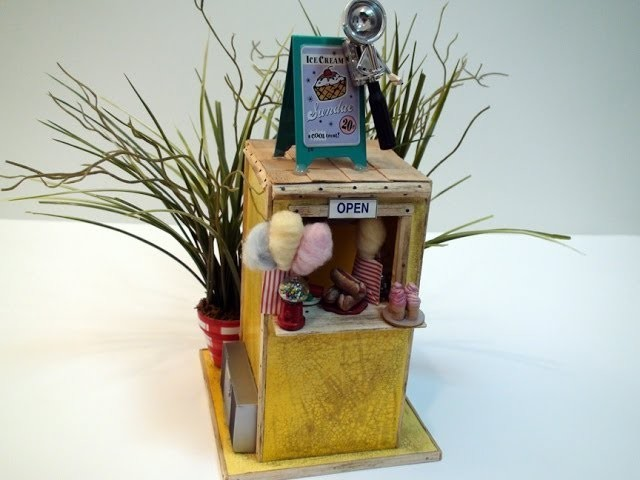 DIY: At The Beach; Miniature Concession Stand and Beach Scene