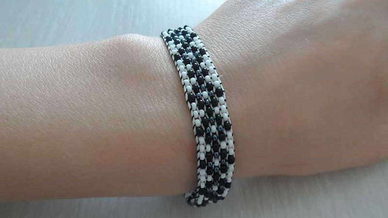 How To Make A Black And White Beaded Bracelet - DIY Style Tutorial - Guidecentral