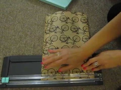 How to make you own mailing envelope DIY
