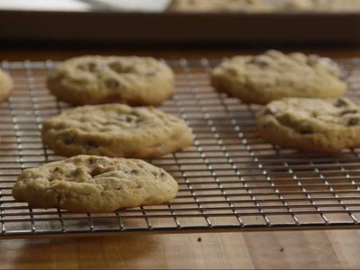 Cookie Recipe - How to Make Delicious Chocolate Chip Cookies