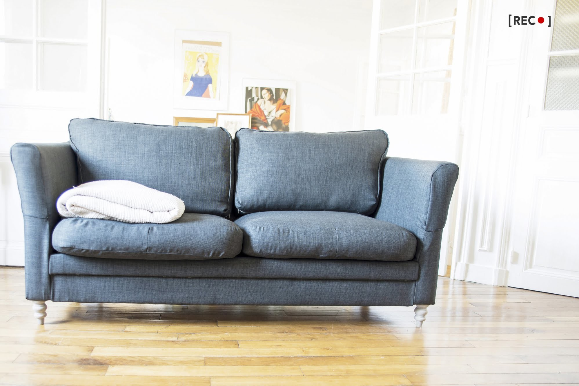 HOME DIY : How-to.  reupholster your old couch?