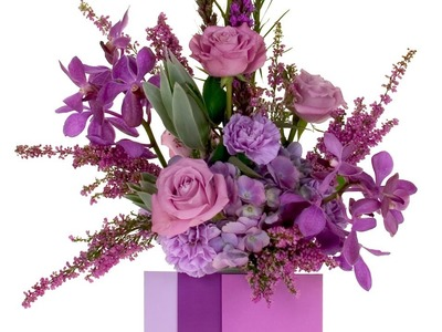 2014 Flower Trends, Radiant Orchid, a dramatic floral design featuring the color of the year