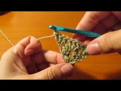 Granny Kerchief Crochet tutorial - first three rows