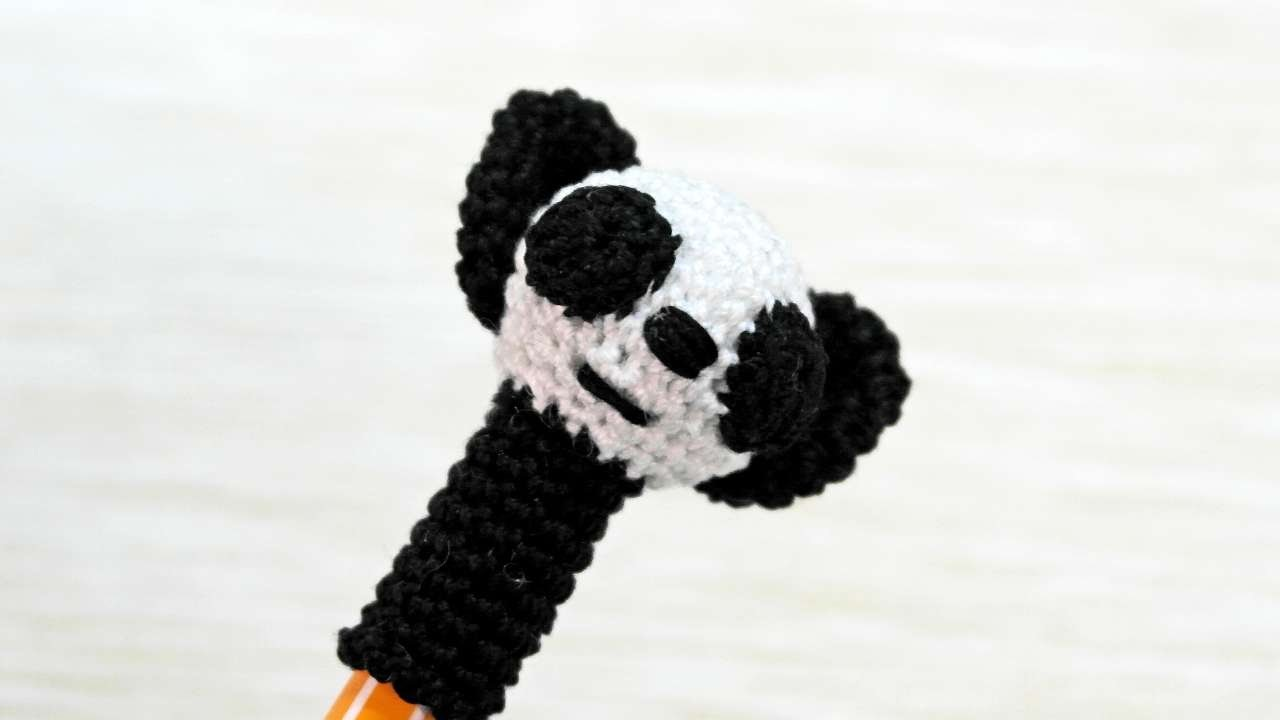 How To Make A Cute Crocheted Panda Pen Cap - DIY Crafts Tutorial - Guidecentral