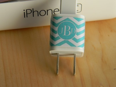 DIY 1$ printable monogramed  iphone charger wrap
