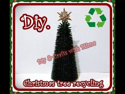 Diy.How to make a Christmas tree recycling.