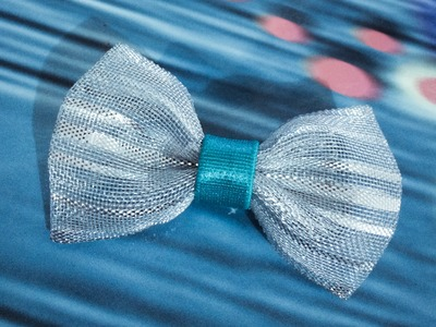 DIY- How to make Frozen movie inspired ribbon bow hair clip for Elsa.