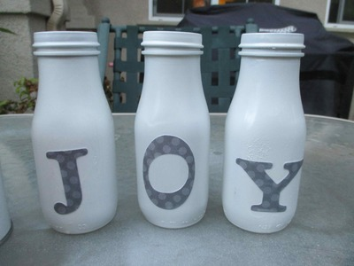 Diy: How To ReUse Starbucks Frappuccino Bottles for the Holidays - asimplysimplelife