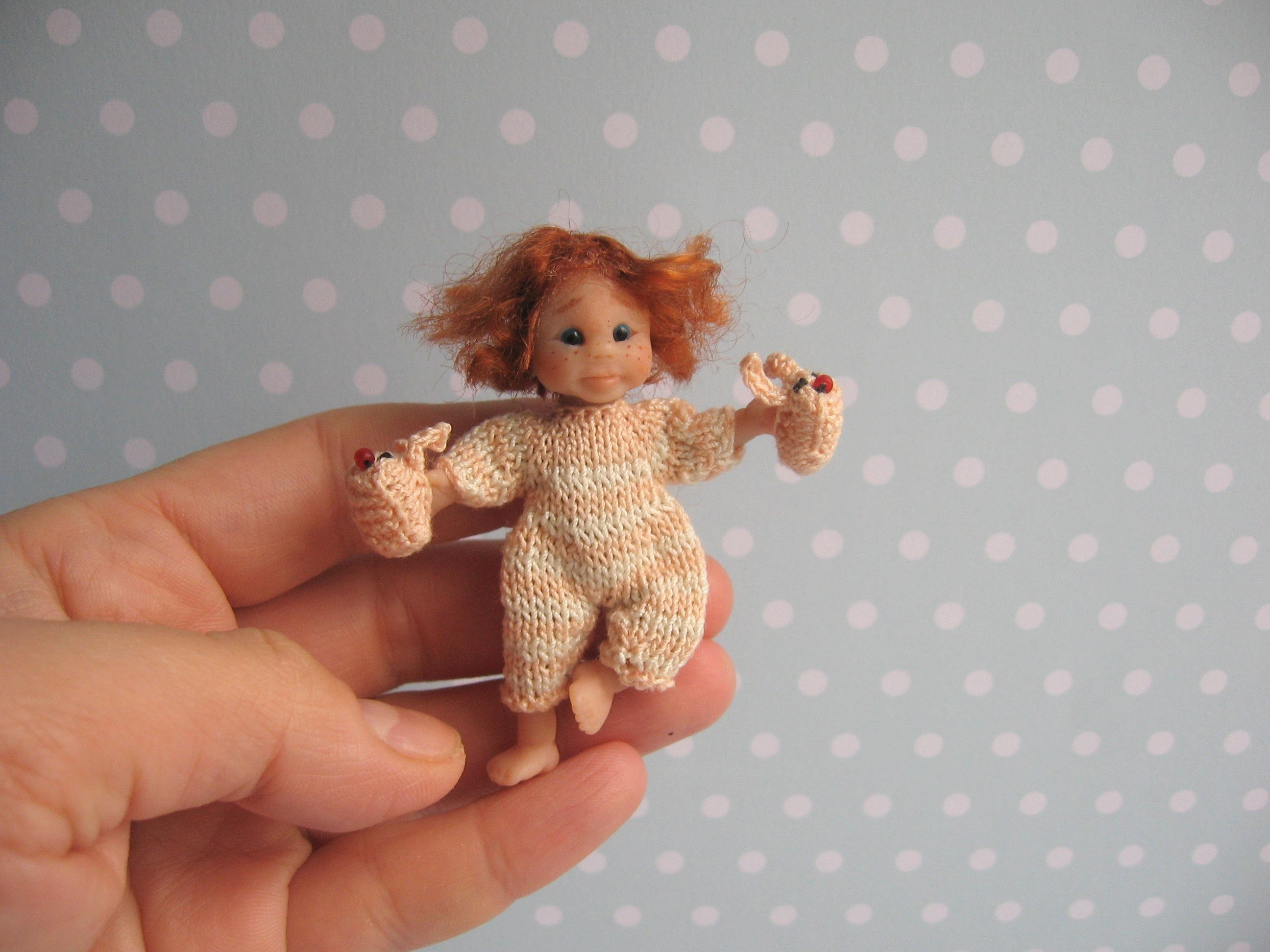 OOAK miniature Baby Girl 1:12 Beweglich Handgemacht - Dollhouse Polymer Clay doll Handmade