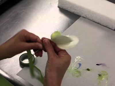How to Make a Gumpaste Magnolia (Part 3 of 3)