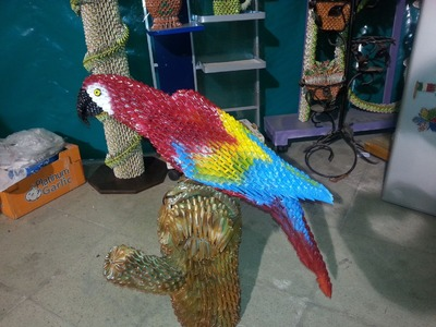 PARROT OF THE JUNGLE, LORO BIRD, ORIGAMI 3D.