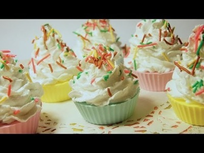 Let's Make Cupcake Soap! [Melt and Pour]