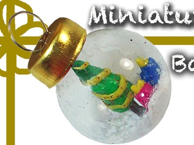 Polymer clay Miniature tree in a christmas ball - Arbolito de navidad