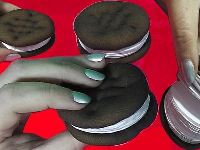 Wie man kleine DIY-Notebooks, die sieht aus wie Dessert Oreo Schokoladen-Sandwich-Plätzchen machen