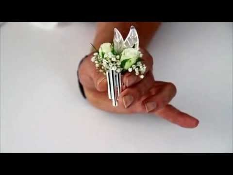 How to make a buttonhole and handbag corsage