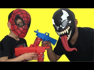 Spiderman vs Venom (Black Spiderman. Carnage) New Toys Fighting Video 2015 – Web Fluid