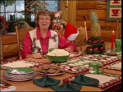 Christmas at Bear's Paw Ranch - Country Table Setting - Any Seasons Tablerunner, Lone Pine Placemats