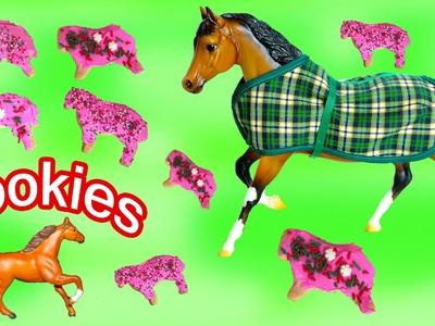 Breyer Horses Santa Christmas Sugar Cookies Holiday Treat Set Mini Whinnies Vixen and Blitzen