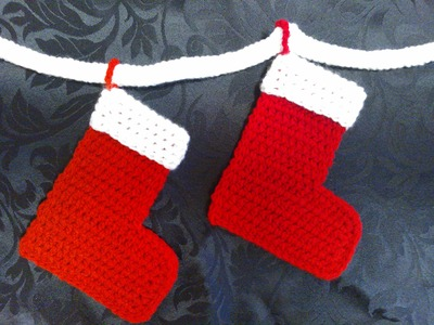How to crochet My Easy Magic Christmas Stocking and Bunting Chain for beginners P1