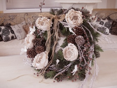 Christmas Floristry Tutorial: Flower, Berry and Pinecone Wreath