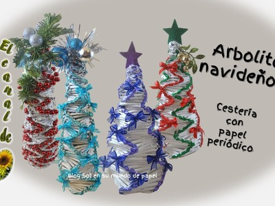 Árbolito navideño 2   cestería con papel periódico - Christmas tree 2 baskets with newspaper