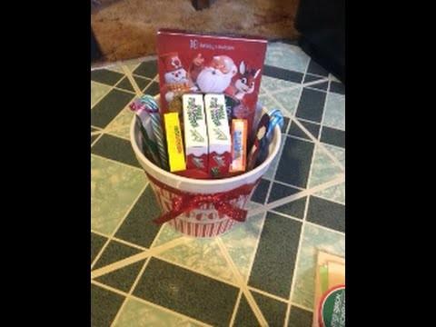 DIY Christmas Gift: Movie Basket :)