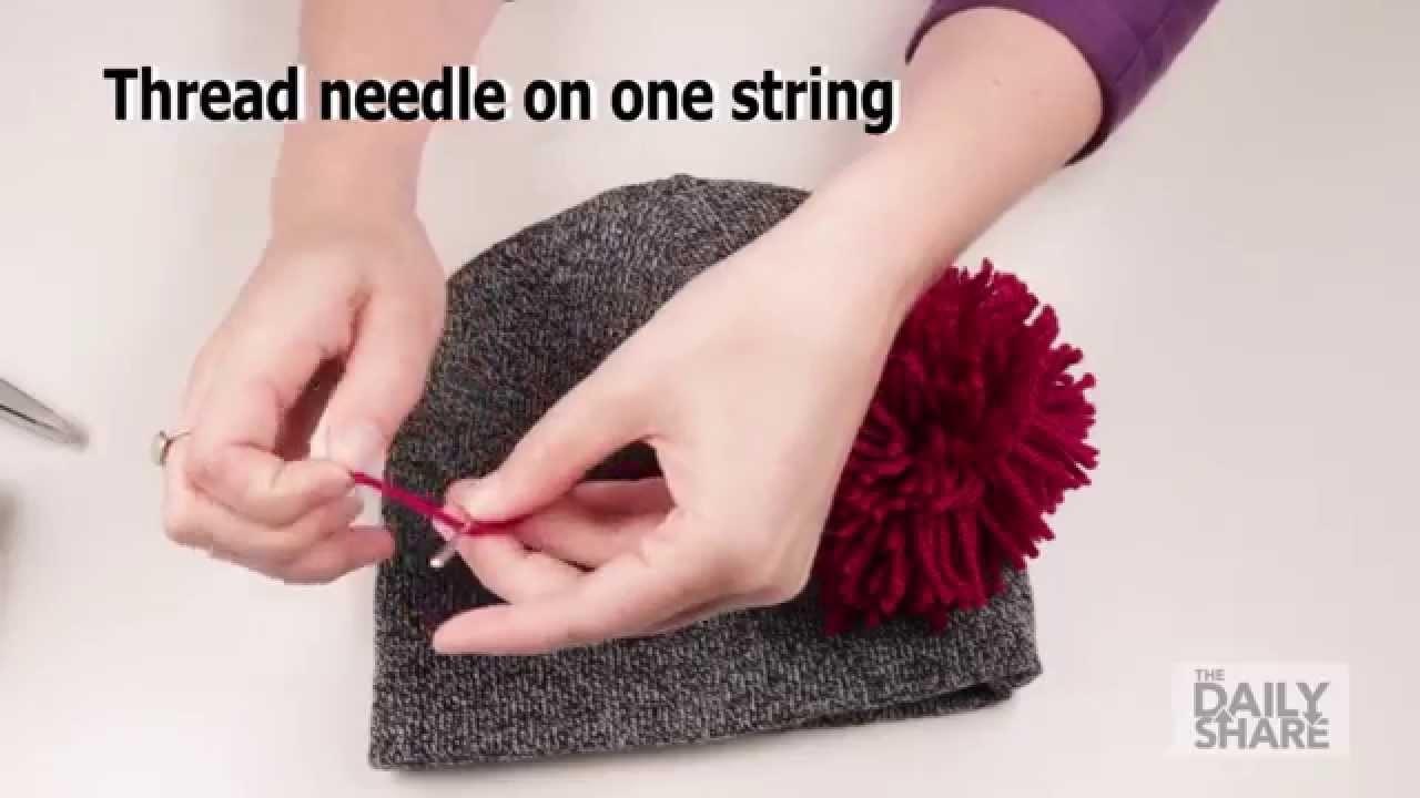 How to: Make a pom-pom beanie!