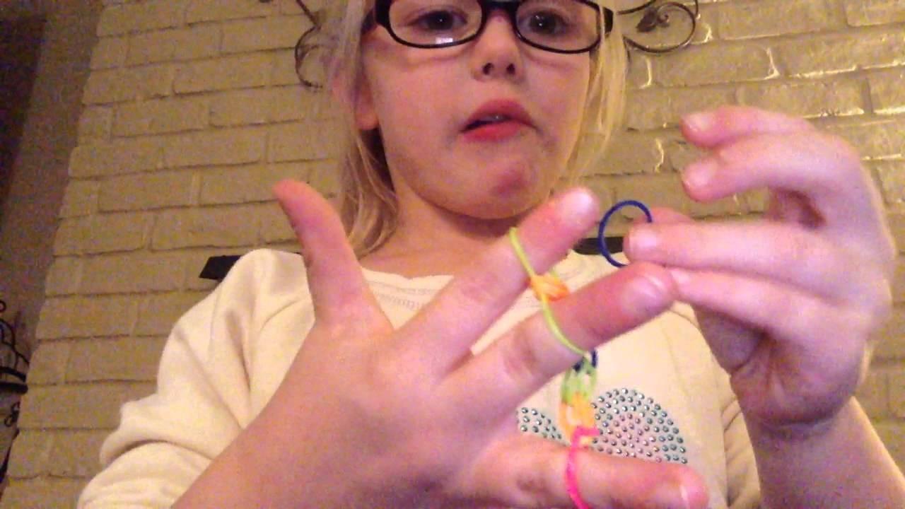 Reese Rainbow Loom Finger Bracelet