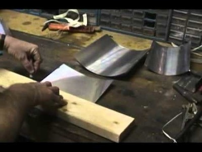 How to .  Cut and bend Step Flashing for roofing