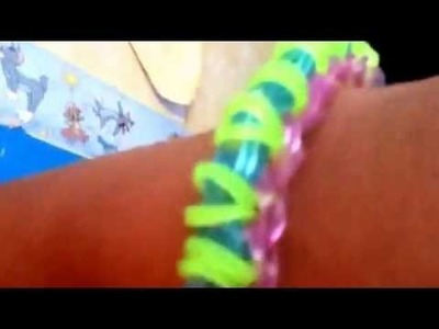 Rainbow loom origami bracelet(all credits go to  TutorialsByA)