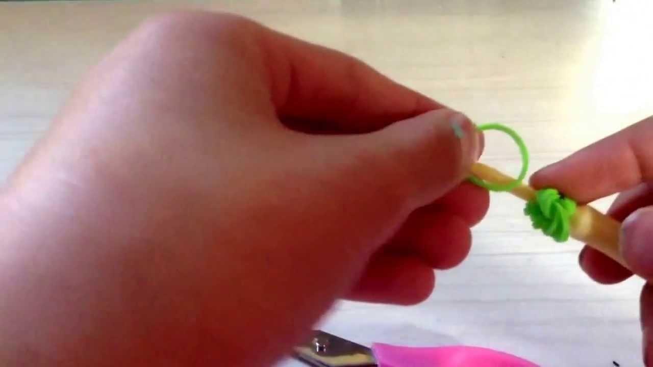 How to make a grasshopper figurine w.rainbow loom