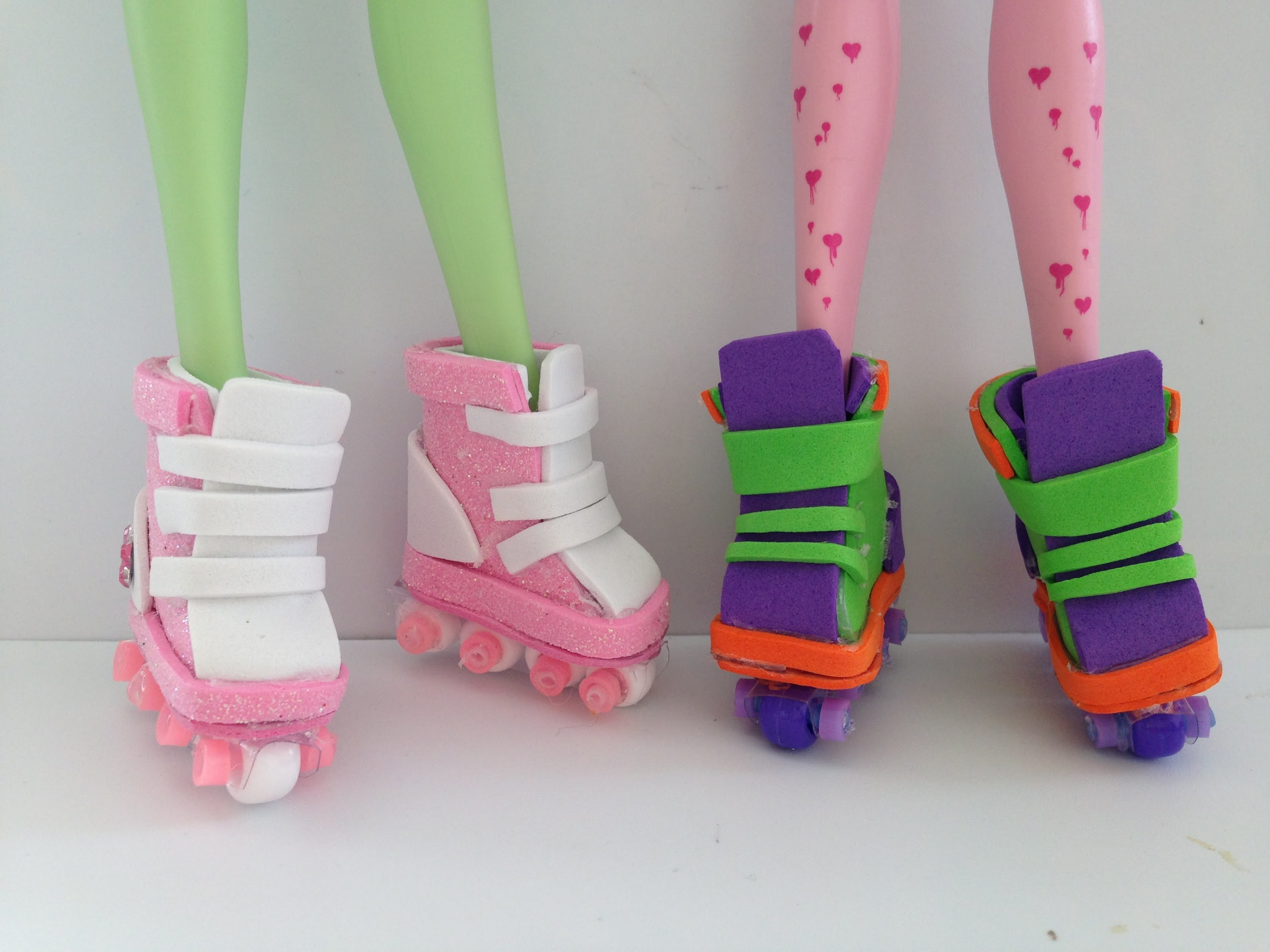 How to make Doll roller blades