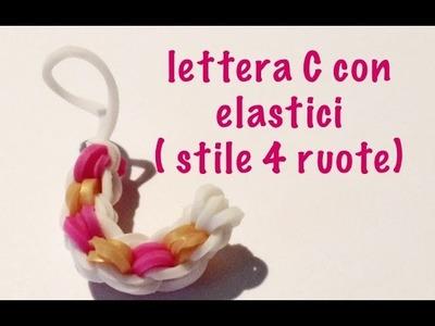 Lettera C con elastici DIY