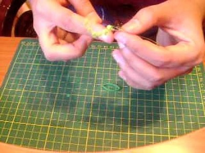 Quilled beehive leaf and wreath - tutorial