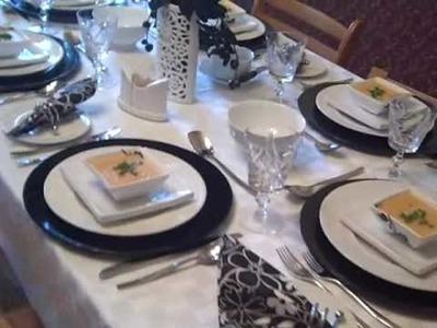 Black + White Table Setting a la Mychelle
