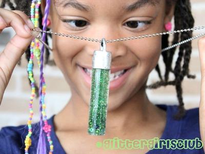 DIY Pinch-Free St Patricks Day Glitter Necklace