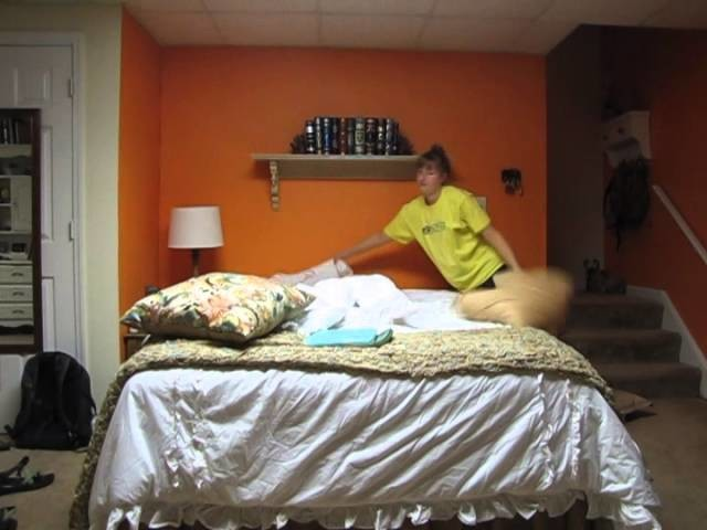 How to make a queen size bed