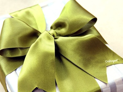 Como hacer moño para regalo. How to tie a gift bow