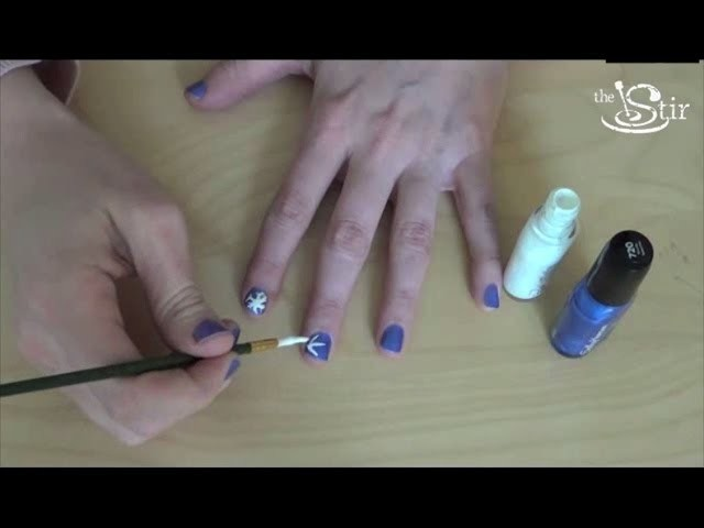 DIY Nail Art - Snowflakes! - Crafty Mom's Weekly Challenge - Episode 28