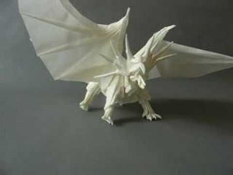 "Origami dragon Kamiya Satoshi - made by ""Globo"""