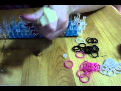 How to make a rainbow loom fishtail ring