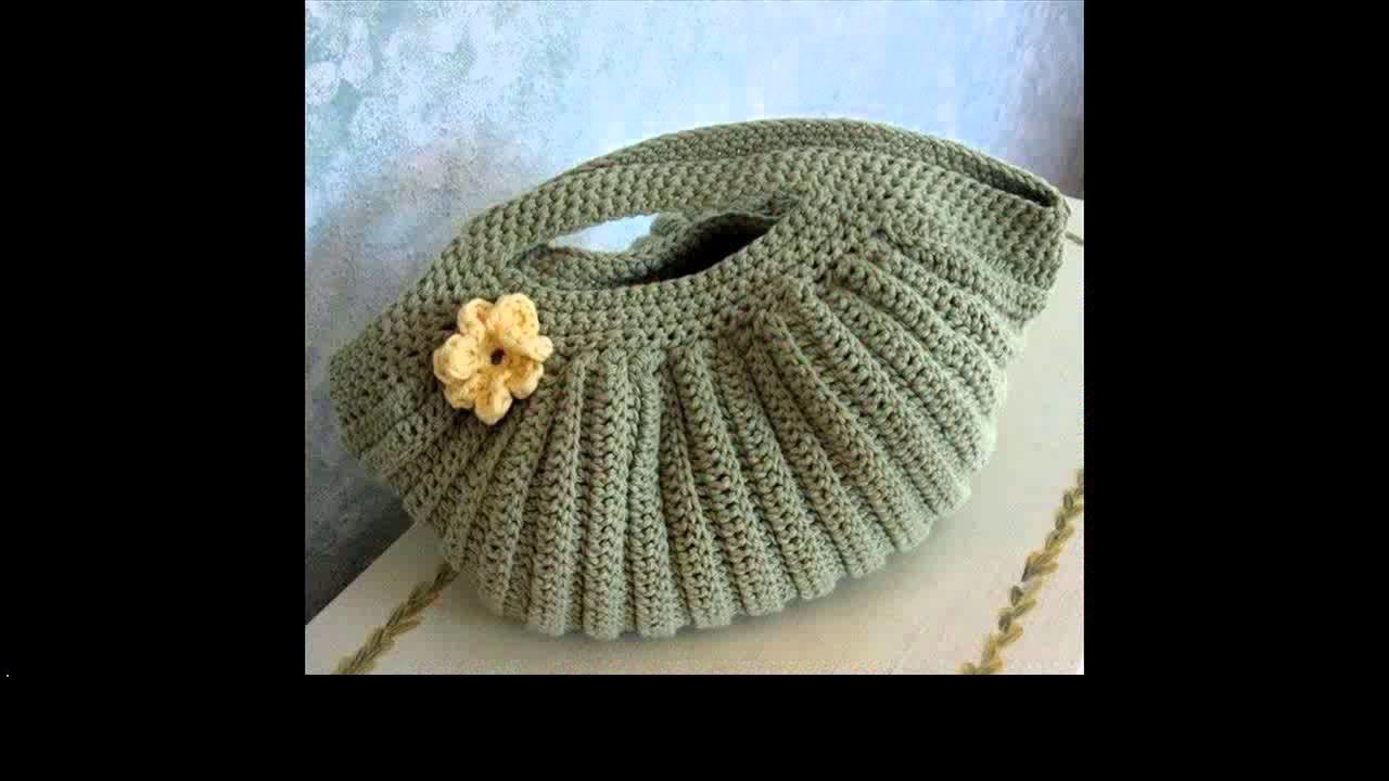Crochet purse with zipper