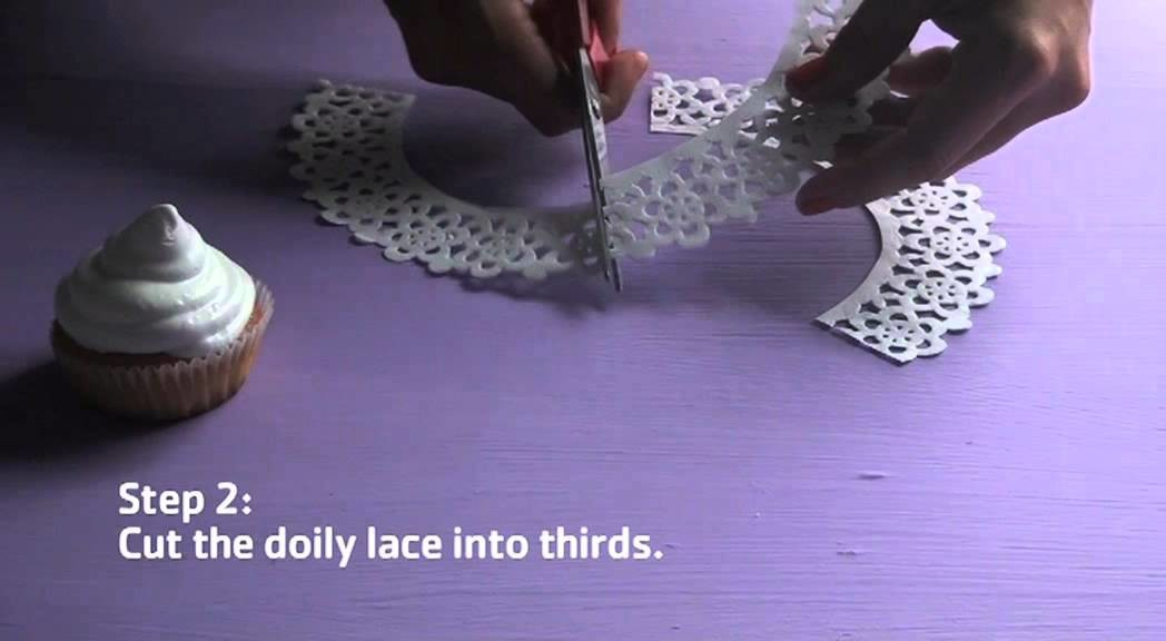 How to make doily cupcake wrappers