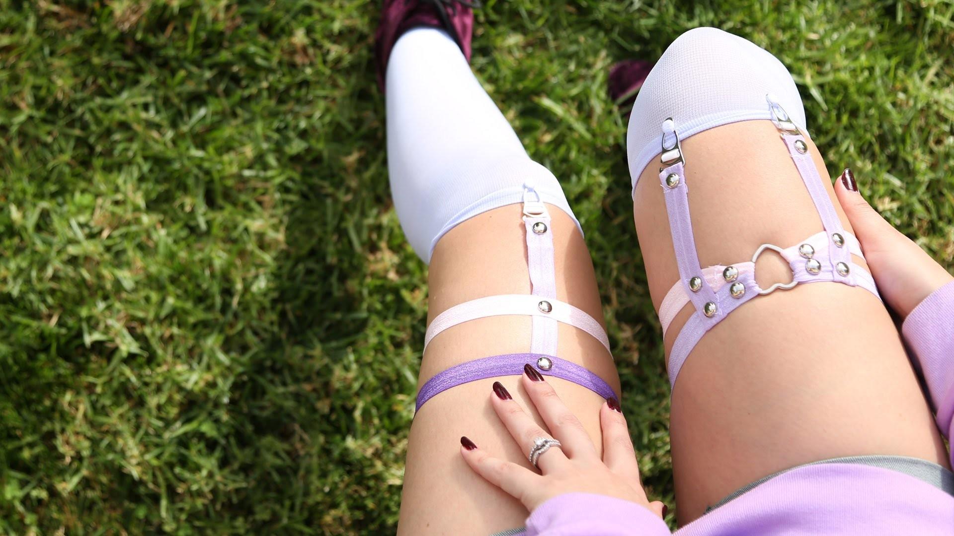 Pastel Studded Garter ♥ DIY