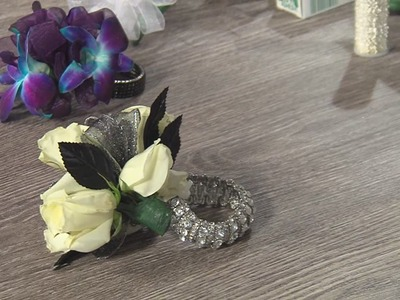 How To Make A Corsage & Boutonniere at Home